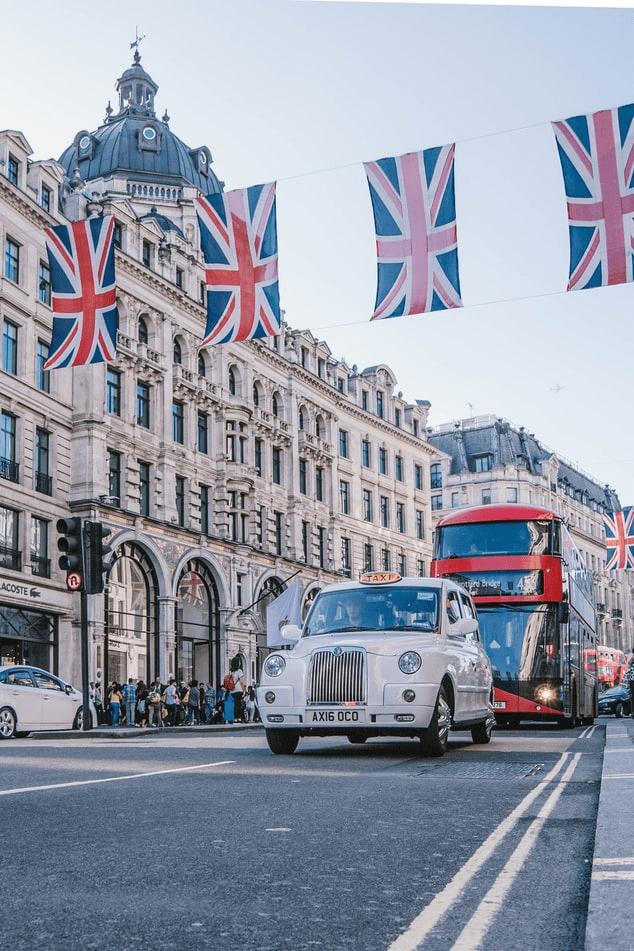 Summer School - Engeland - Londen - bus